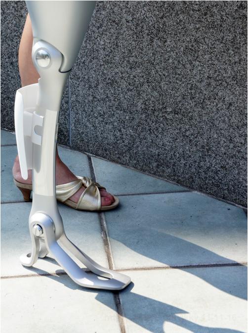 artificial-beauty-prosthetic-limb-mock